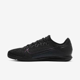 Black Indoor Football Shoes. Nike SI