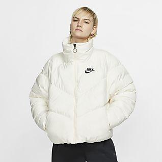 känt märke otroliga priser breda sorter Kvinnor Jackor & västar. Nike SE
