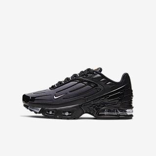 Boys' Lifestyle Shoes. Nike SE