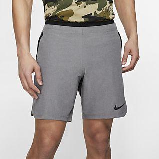 7e503542fc353 Fitness- og atletikshorts til mßnd. Nike.com DK