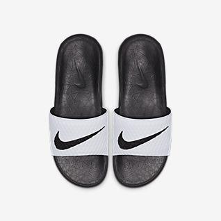 purchase cheap 3bb67 e8418 Nike Slides, Sandals & Flip Flops. Nike.com