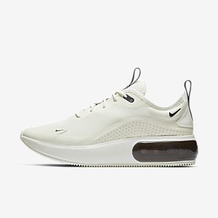 Women's Air Max Dia Shoes. Nike SE