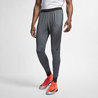 c4b3446cb5584 Slim Pants. Nike.com