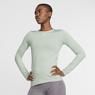 4a3aa082b0 Women's Nike Pro Training & Gym Compression & Base Layer. Nike.com GB