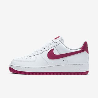 fea2cee7f8765 Chaussure pour Femme. 1 couleur. 100 €. Nike Air Force 1 '07 Patent