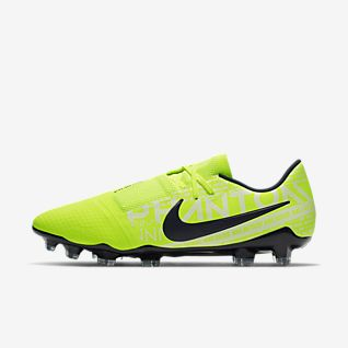 big sale 86861 b6bc3 Men's Phantom Soccer Shoes. Nike.com