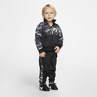 Nike Air Tracksuit Boys Dark Grey, Black