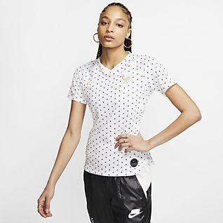 6223f6b363 Choisissez des Hauts & T-shirts en Ligne. Nike.com FR
