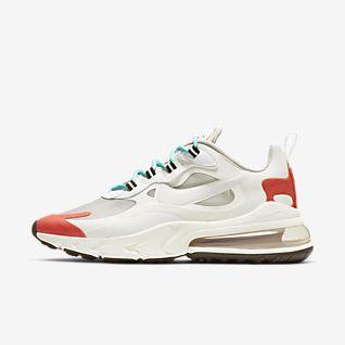 a7d772b423ef4 Nike Air Max 270 React. Exclusivité membres. Nike Air Max 270 React.  Chaussure pour Femme