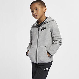 Nike Sportswear Jackor & västar. Nike SE