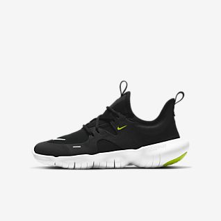 nike free run tennis shoe