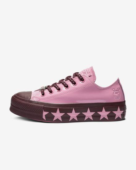 Miley Converse sneaker