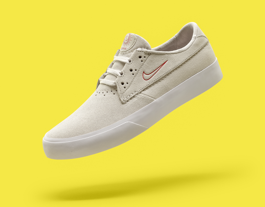 Supreme x Nike SB Gato Closer Look | HYPEBEAST