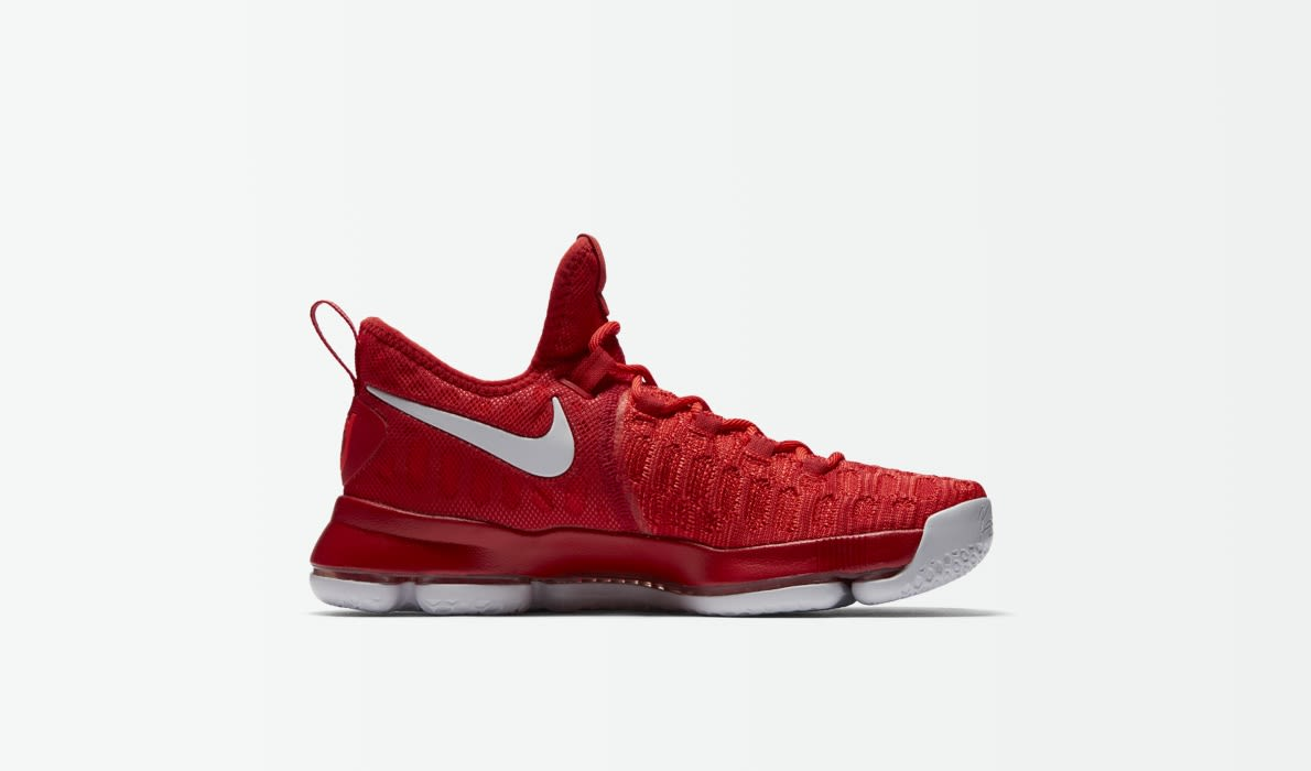 NIKE Mens Zoom KD 9 Basketball Shoe