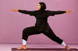 6 øvelser med motstandsbånd som bygger styrke. Nike NO