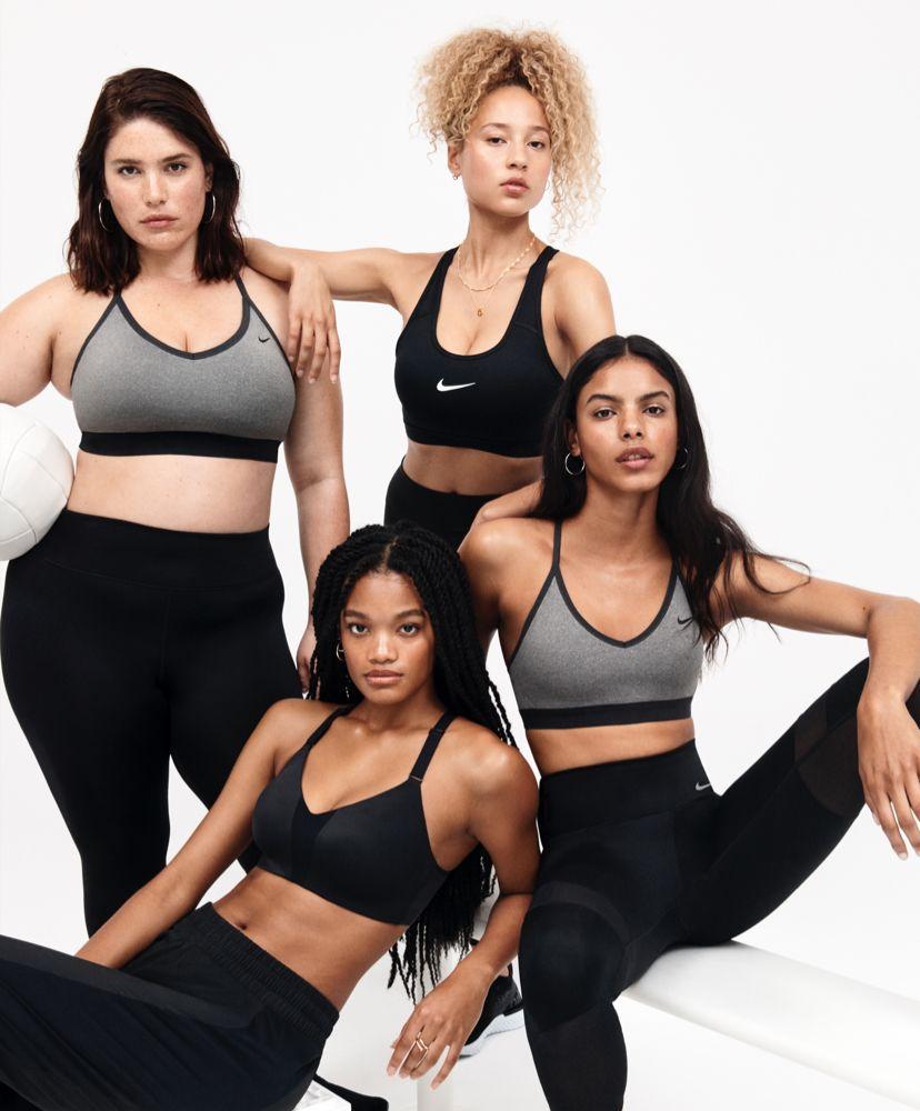 Vêtements de sport femme tenue sport fitness Nike comparez