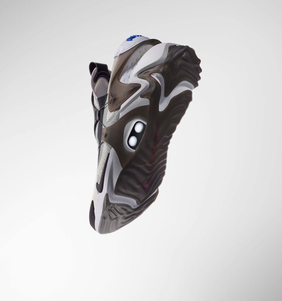 chaussure nike adapt