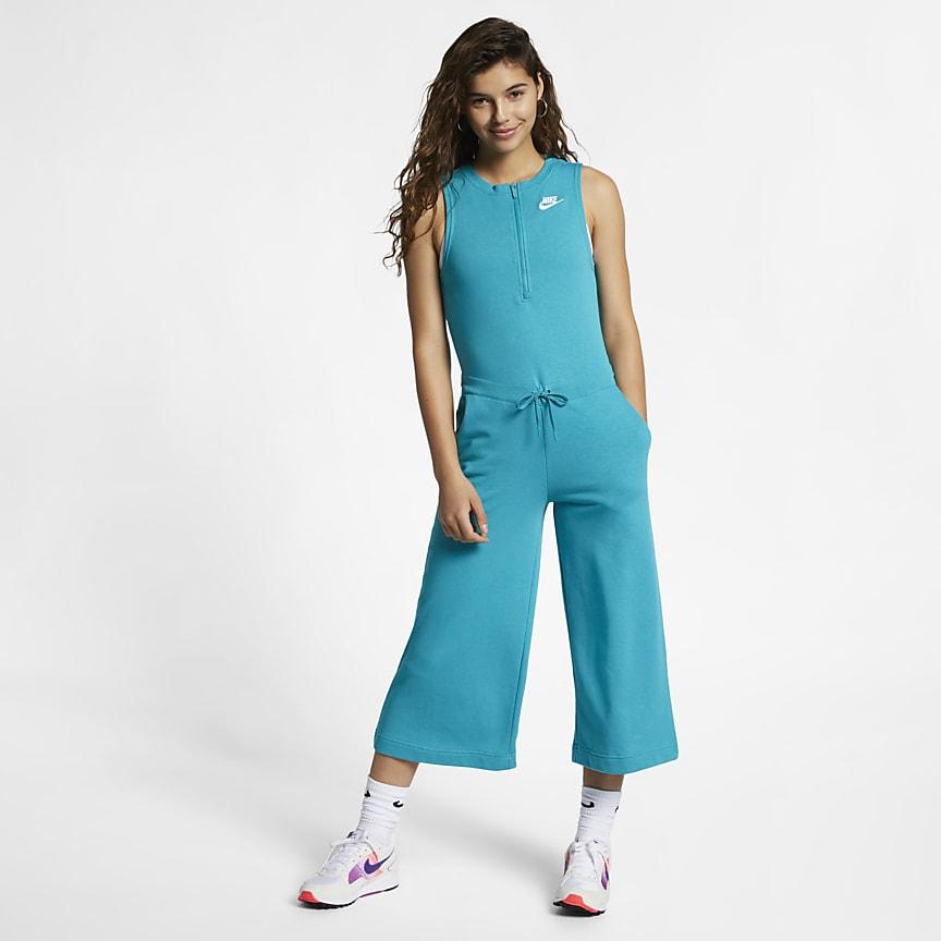 new concept d5cb5 23cb3 Nike Sportswear Club