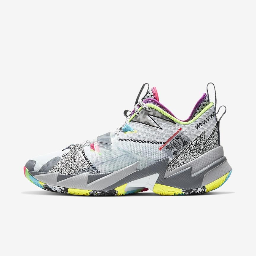 Men's Basketball Shoe