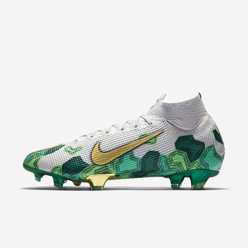 Chaussure de football à crampons pour terrain sec