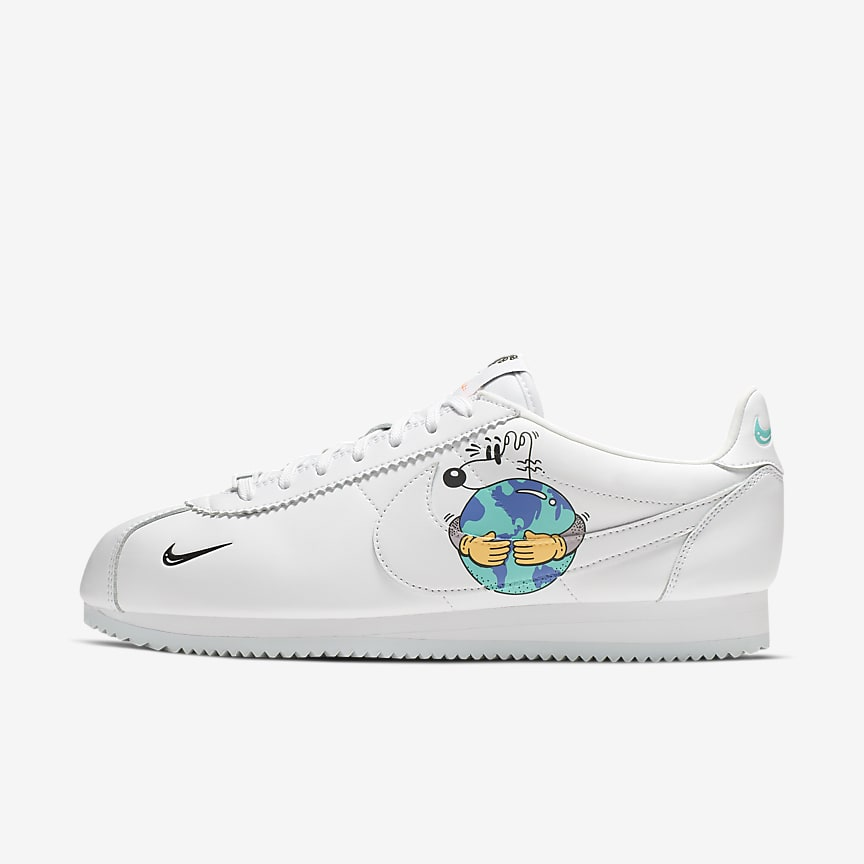 abf99468bd2c Nike Cortez QS Flyleather with at least 50% leather fibre