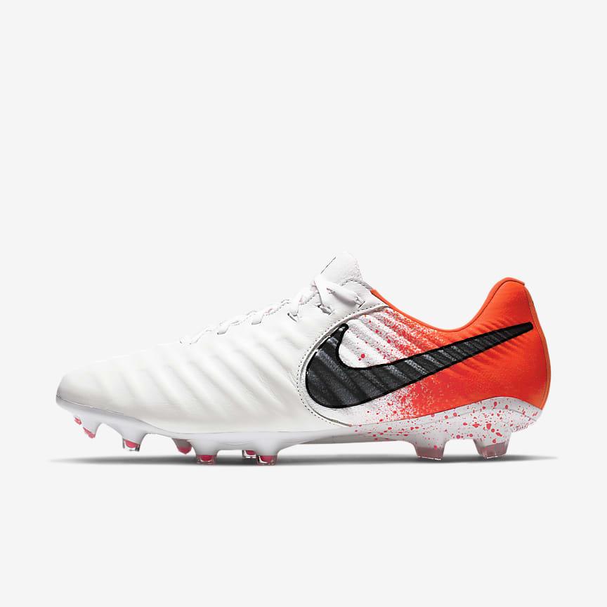 Ποδοσφαιρικό παπούτσι για σκληρές επιφάνειες