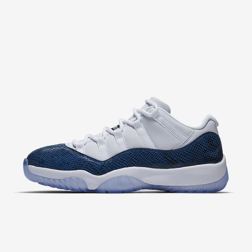 save off 2e730 8c525 Air Jordan 11 Retro Low LE