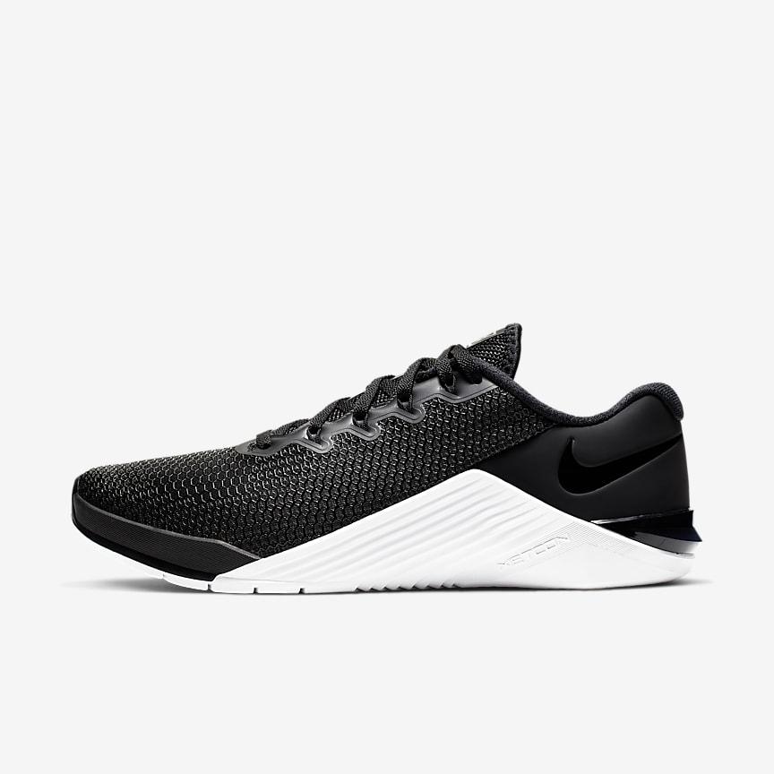 22 70 scarpe nike