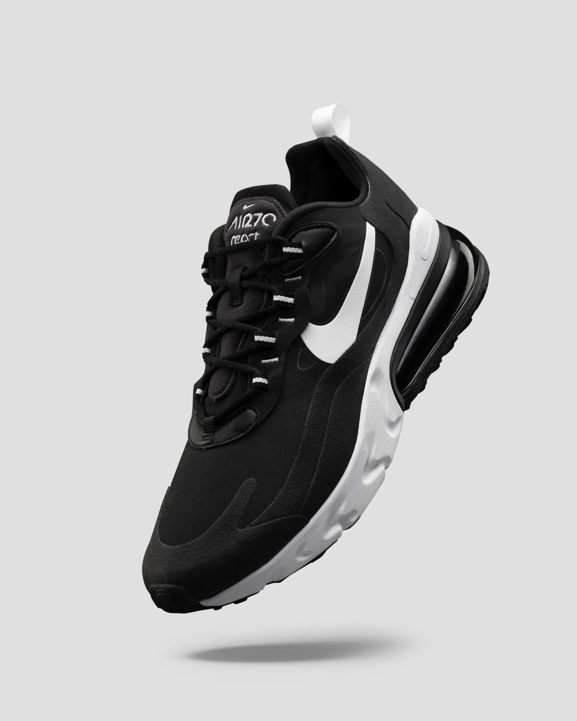 Nike Men's Shoes, Clothing and Gear.