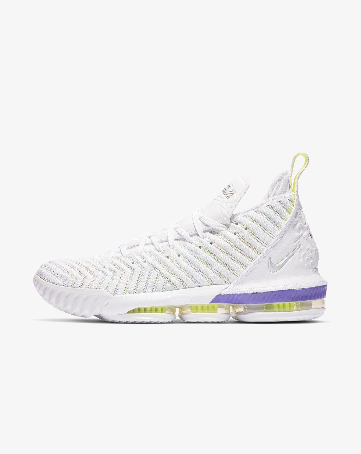 Nike Basketball. TH