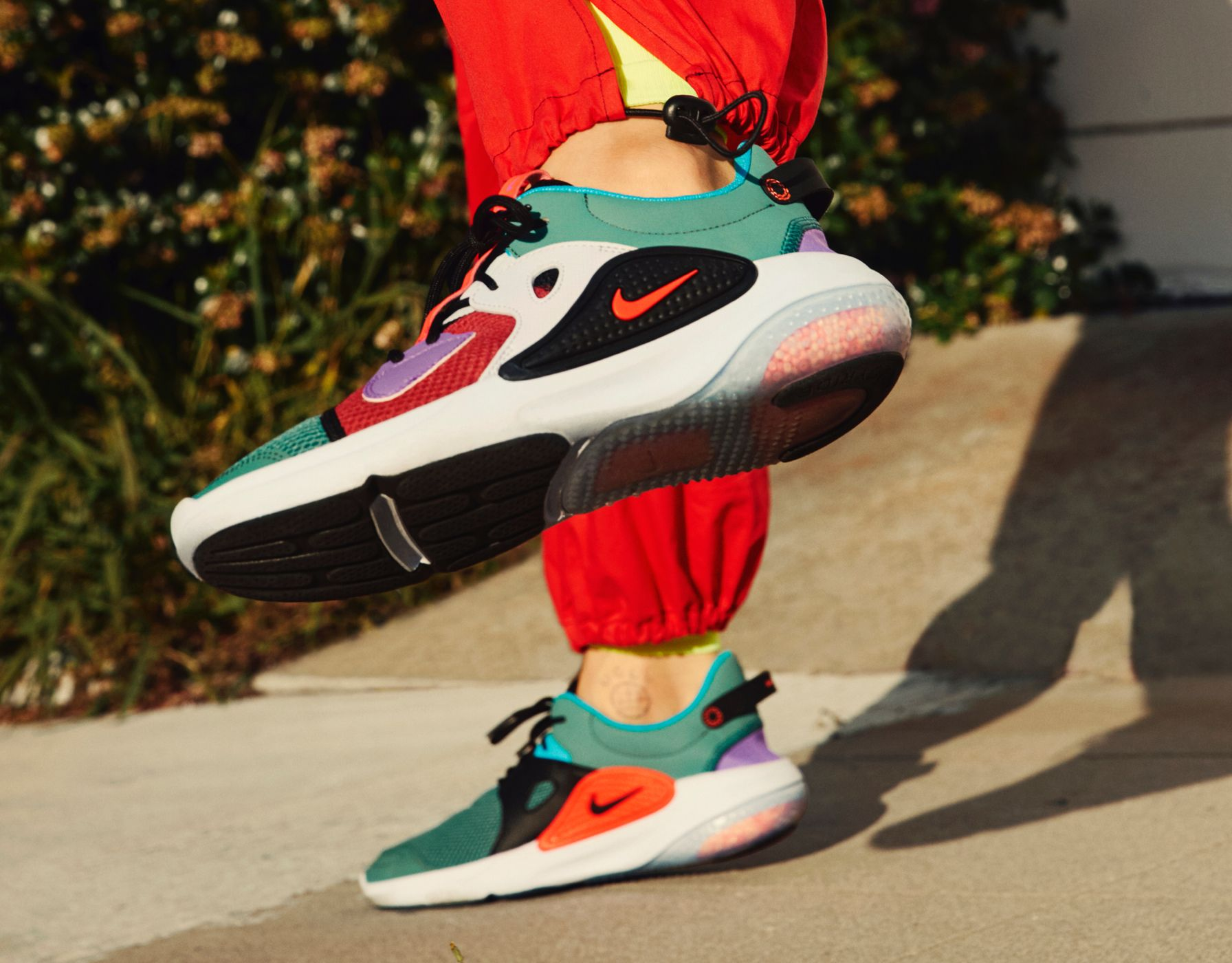 Online Sales Of Fashion Brand Shoes Latest Nike Web Air Max