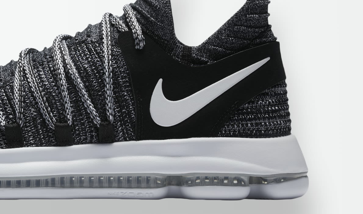 Vêtements pour femme : Brand new with box NIKE ZOOM KD10