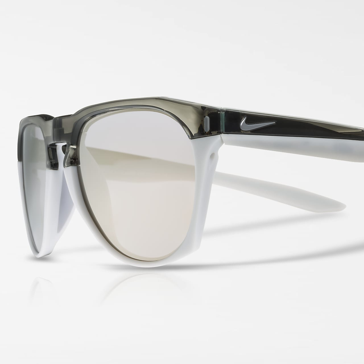 Nike Essential Navigator Mirrored Sunglasses