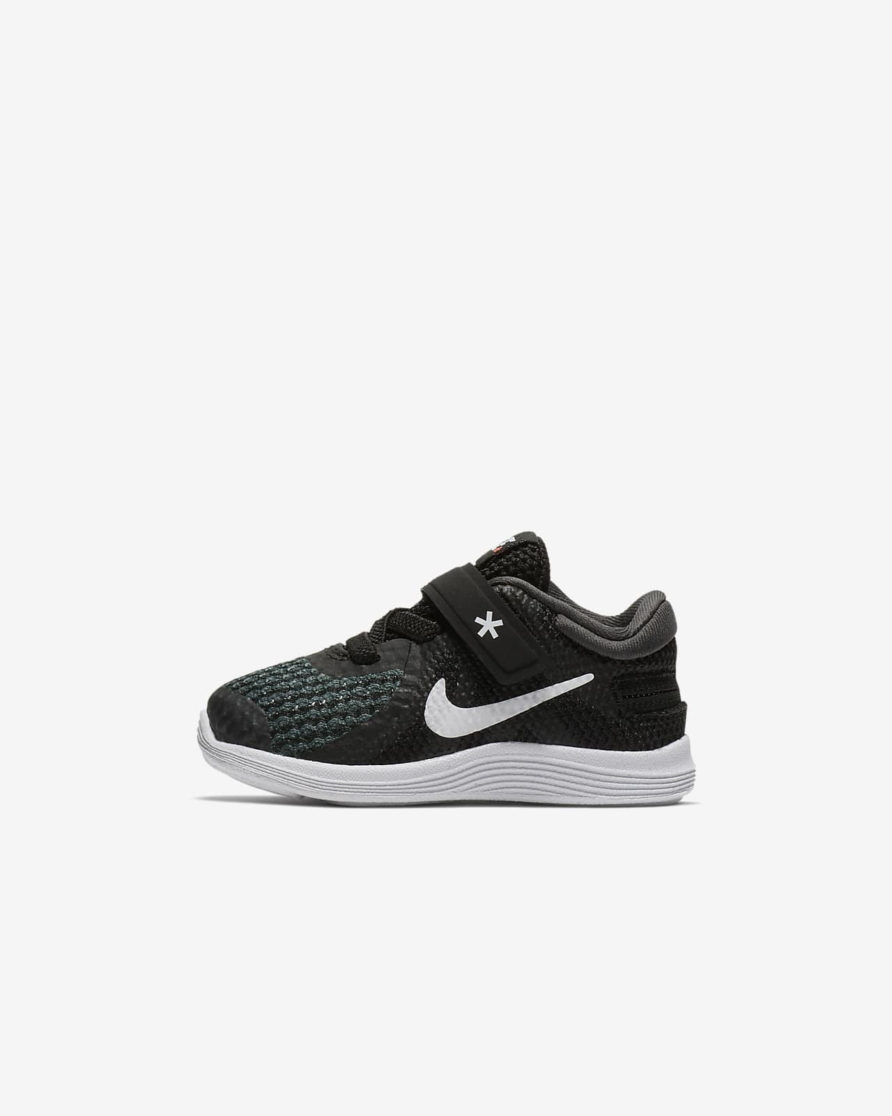 FlyEase Baby and Toddler Shoe. Nike PT
