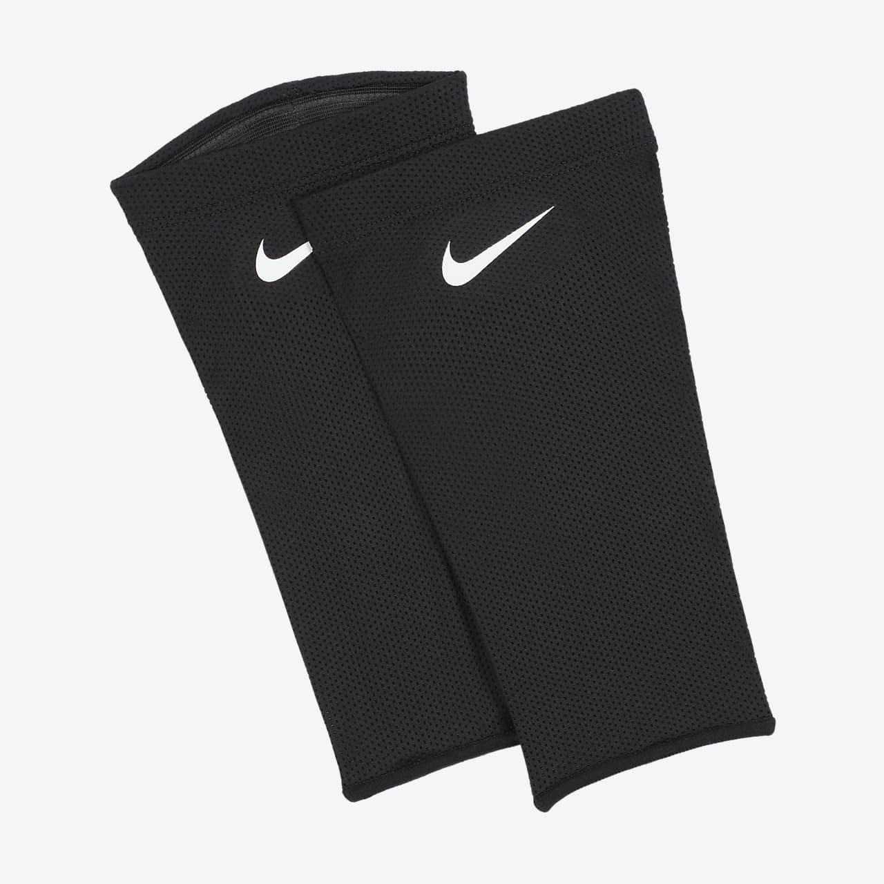 Nike Guard Lock Elite Soccer Guard Sleeves (1 Pair)