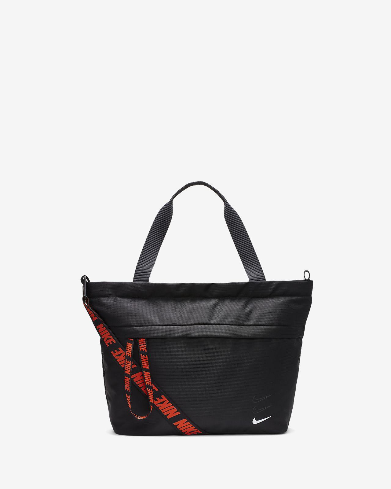 Nike Sportswear Essentials Bolsa de mano