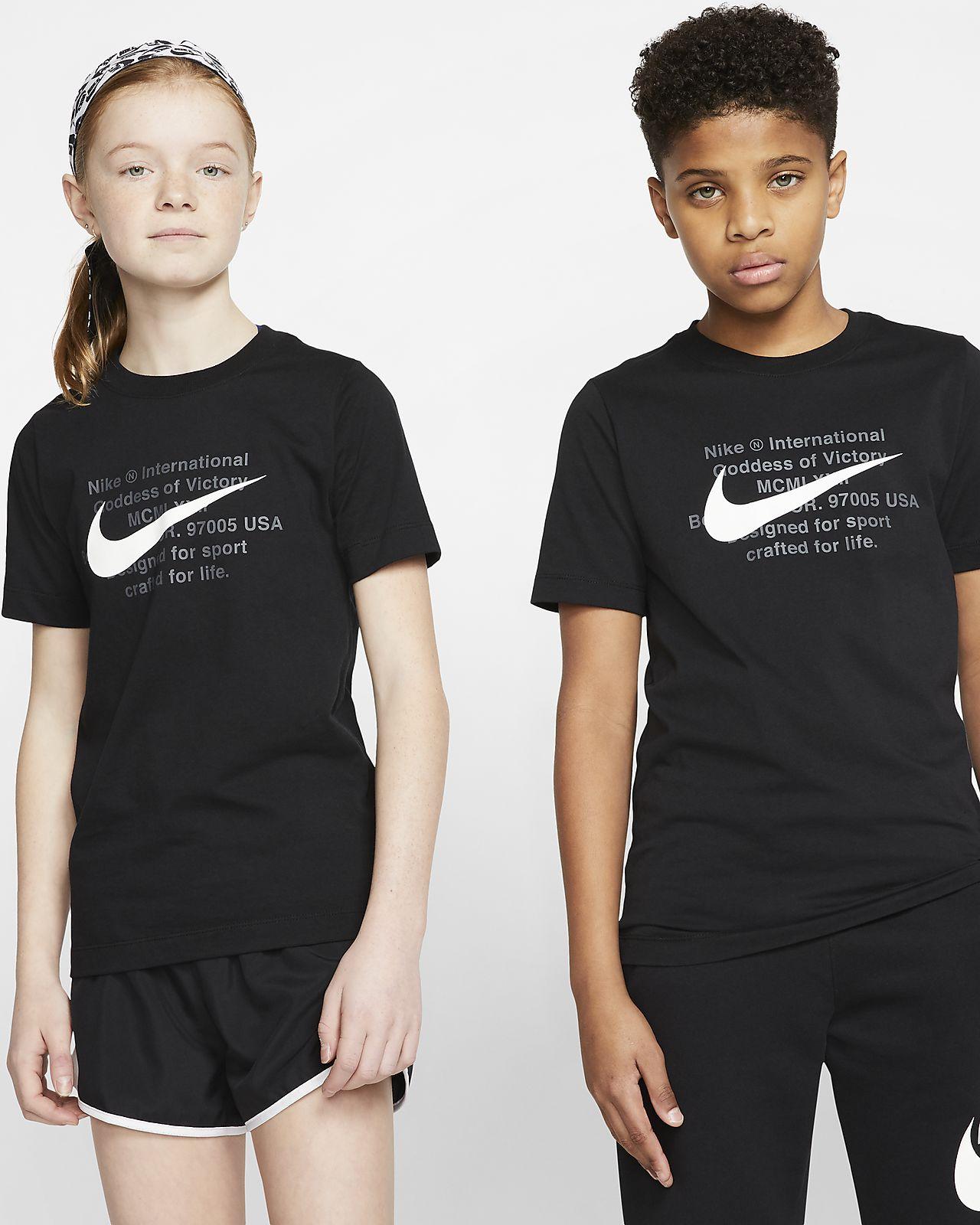 Nike Sportswear Older Kids' (Boys') T Shirt