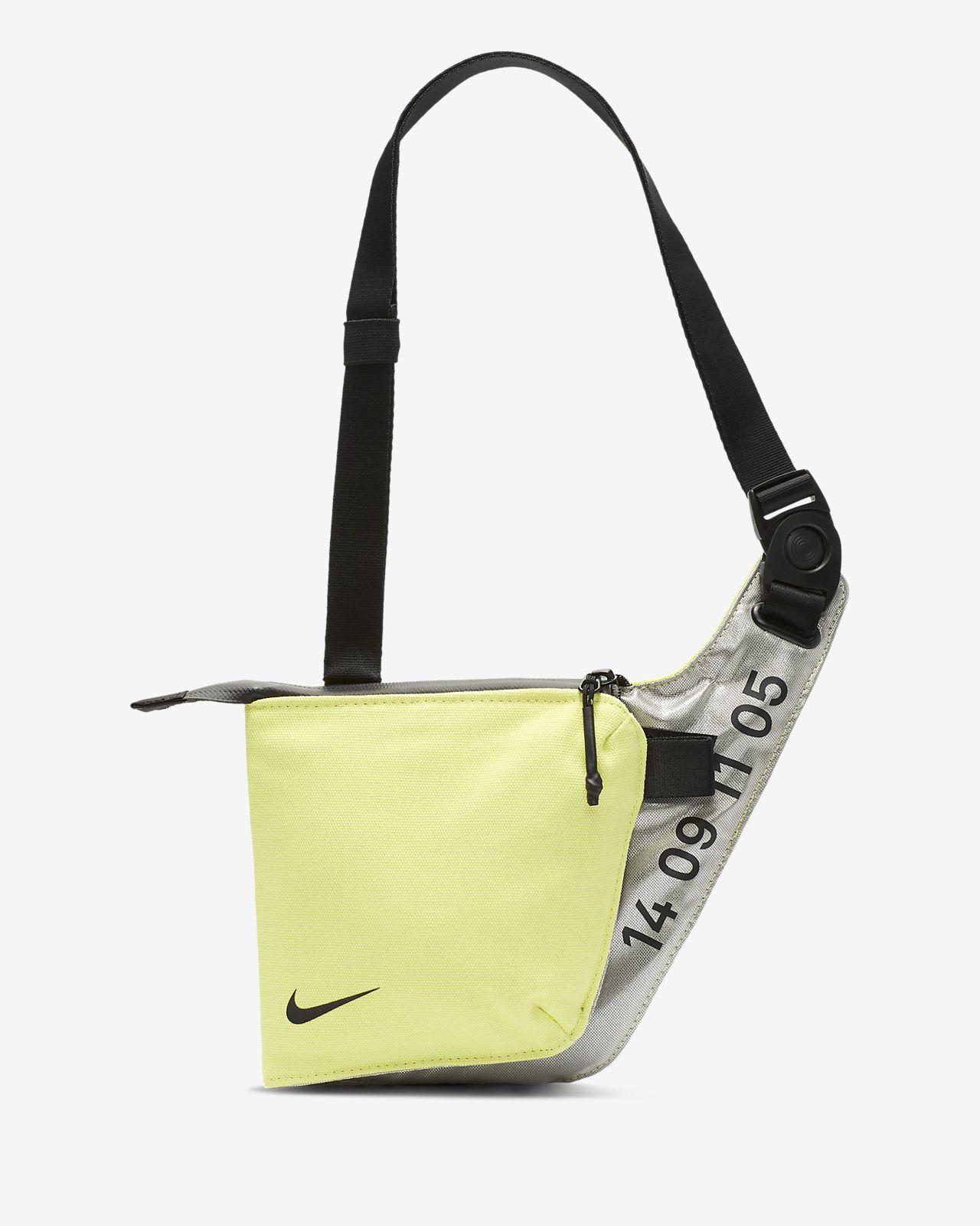Nike Tech midjeveske