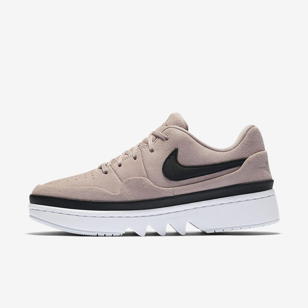 รองเท้าผู้หญิง Air Jordan 1 Jester XX Low Laced