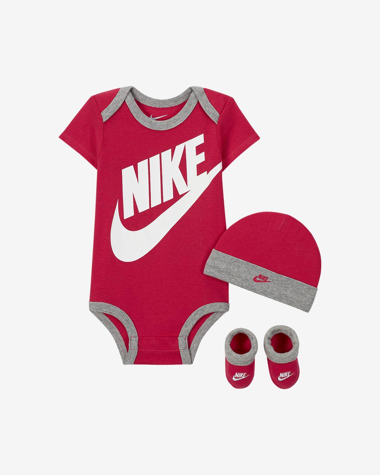 Nike Sportswear Baby Bodysuit, Hat and Booties Box Set