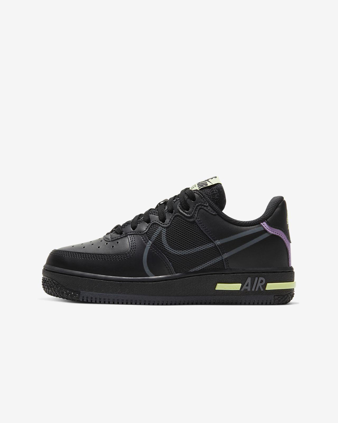 Nike Air Force 1 React sko til store barn