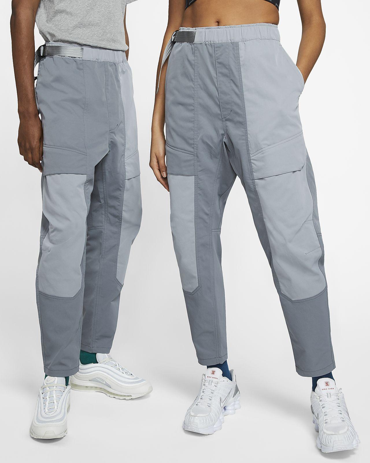 Byxor i vävt material Nike Sportswear Tech Pack
