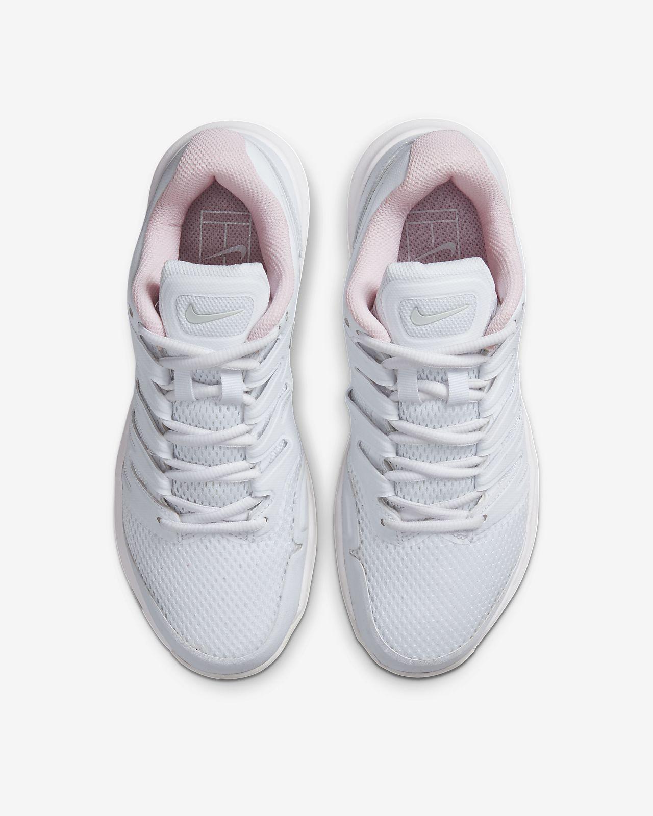 Hard Court Tennis Shoe. Nike NL