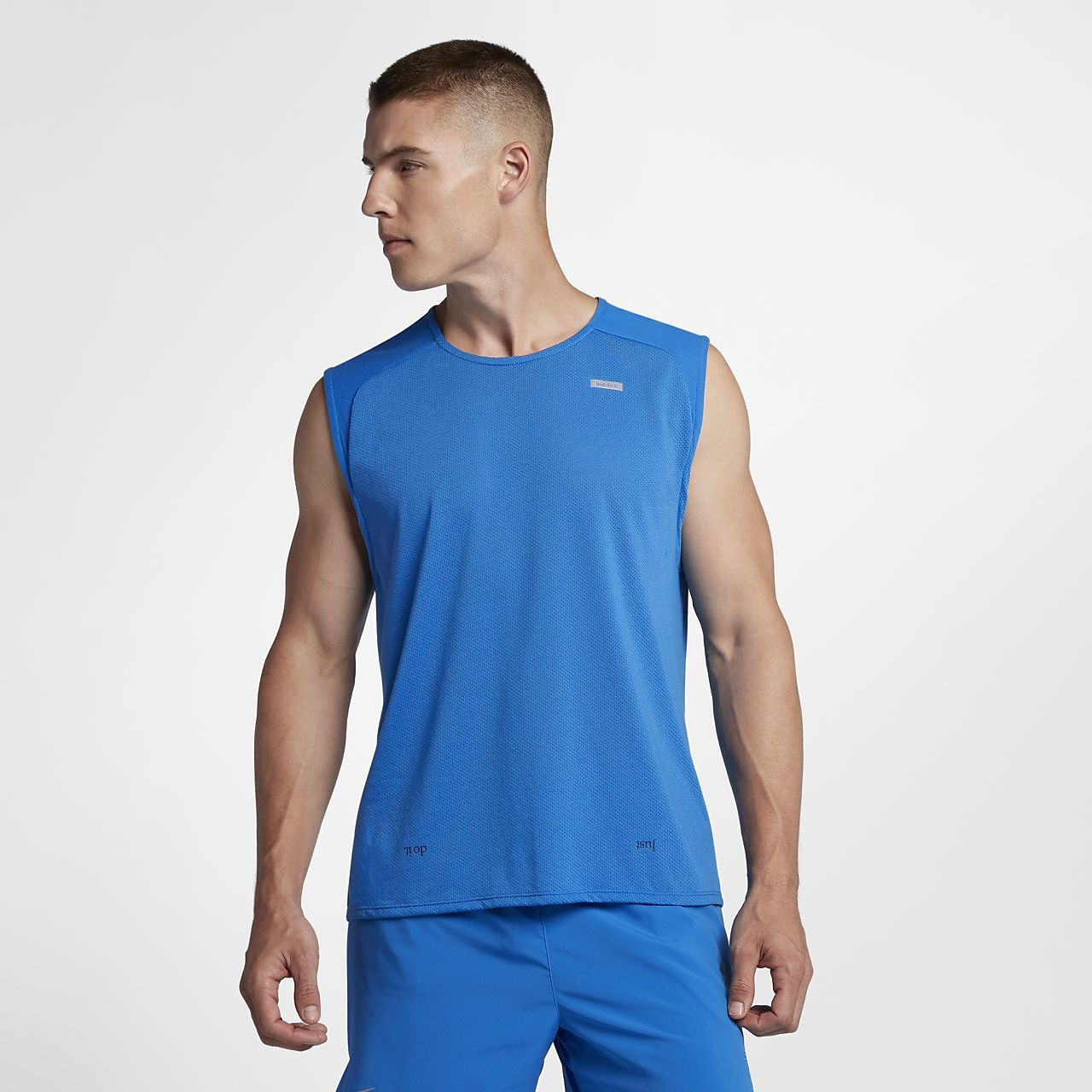 18a32b4b701778 Nike Rise 365 Men s Sleeveless Running Top. Nike.com AU