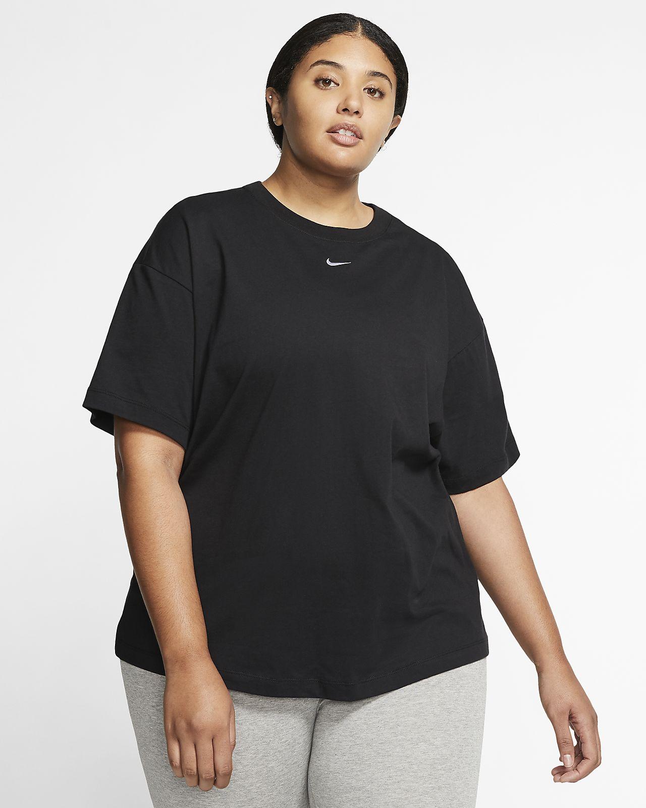 Top a manica corta (Plus Size) Nike Sportswear Essential Donna