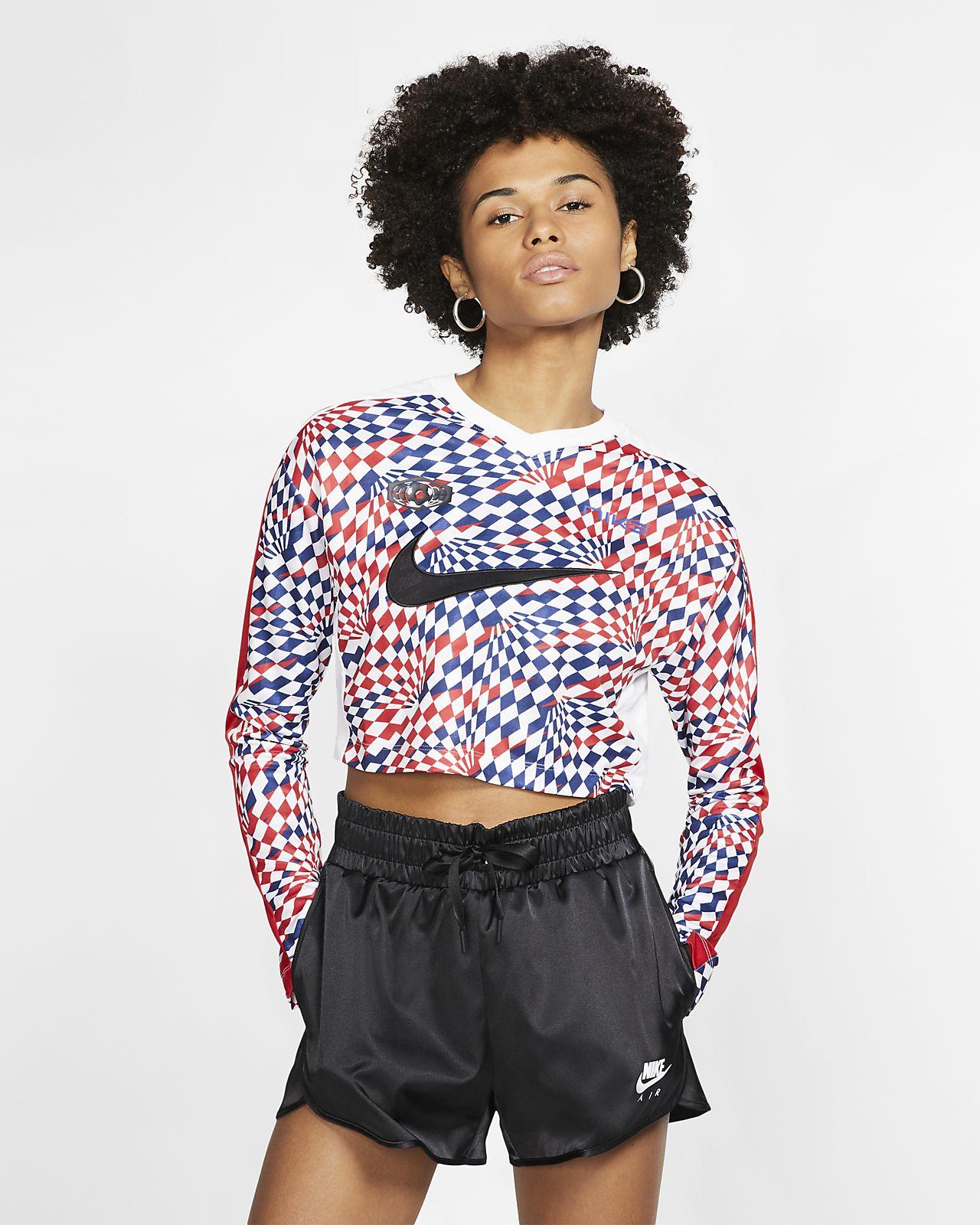 Nike Sportswear Women's Long-Sleeve Crop Top