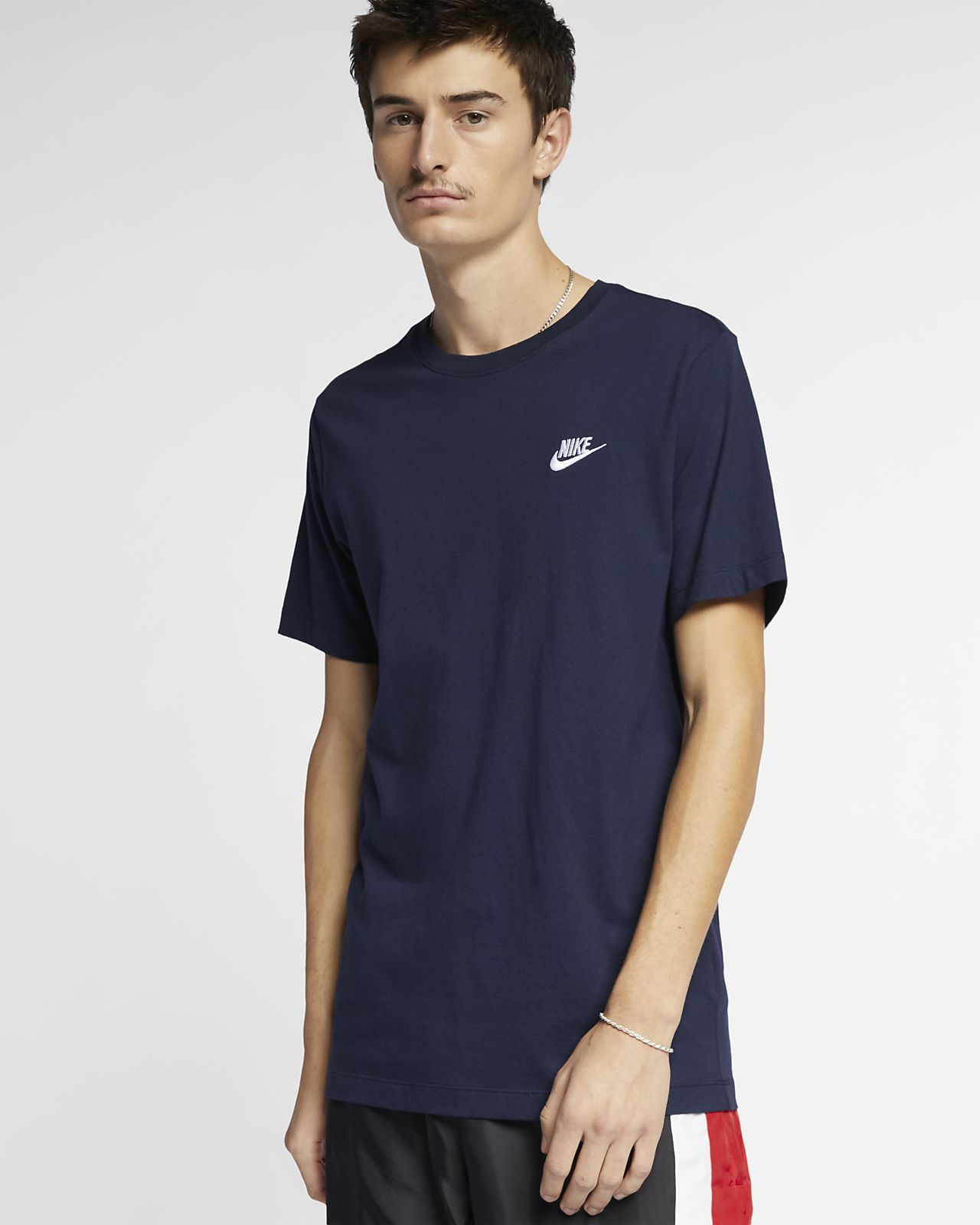 the best attitude 1dd78 9e965 ... Nike Sportswear Club Men s T-Shirt