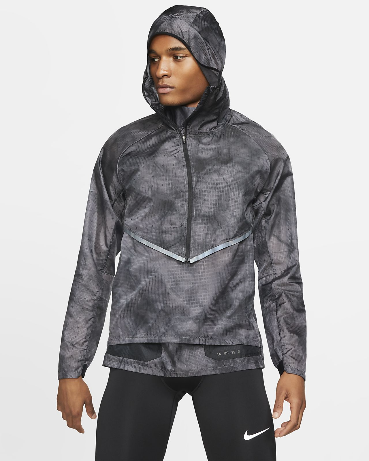 Chamarra de running con capucha para hombre Nike Tech Pack