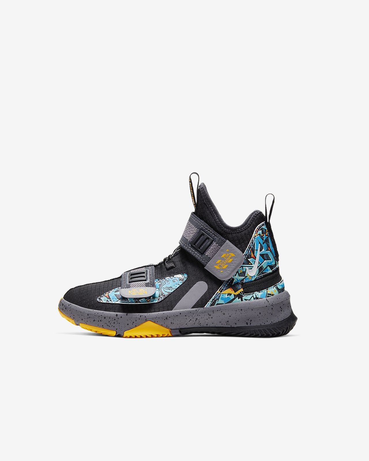 LeBron Soldier 13 FlyEase Younger Kids' Shoe