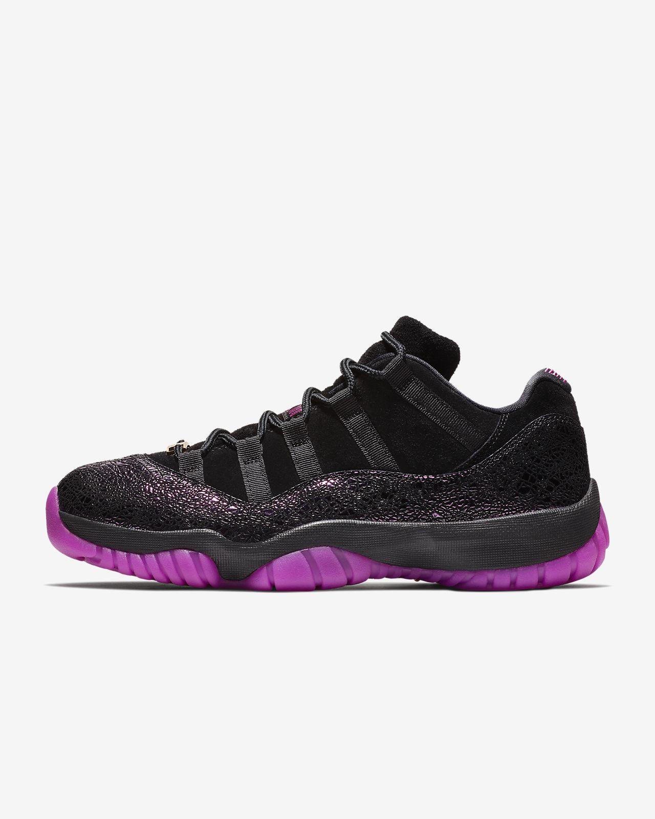 รองเท้าผู้หญิง Air Jordan 11 Low